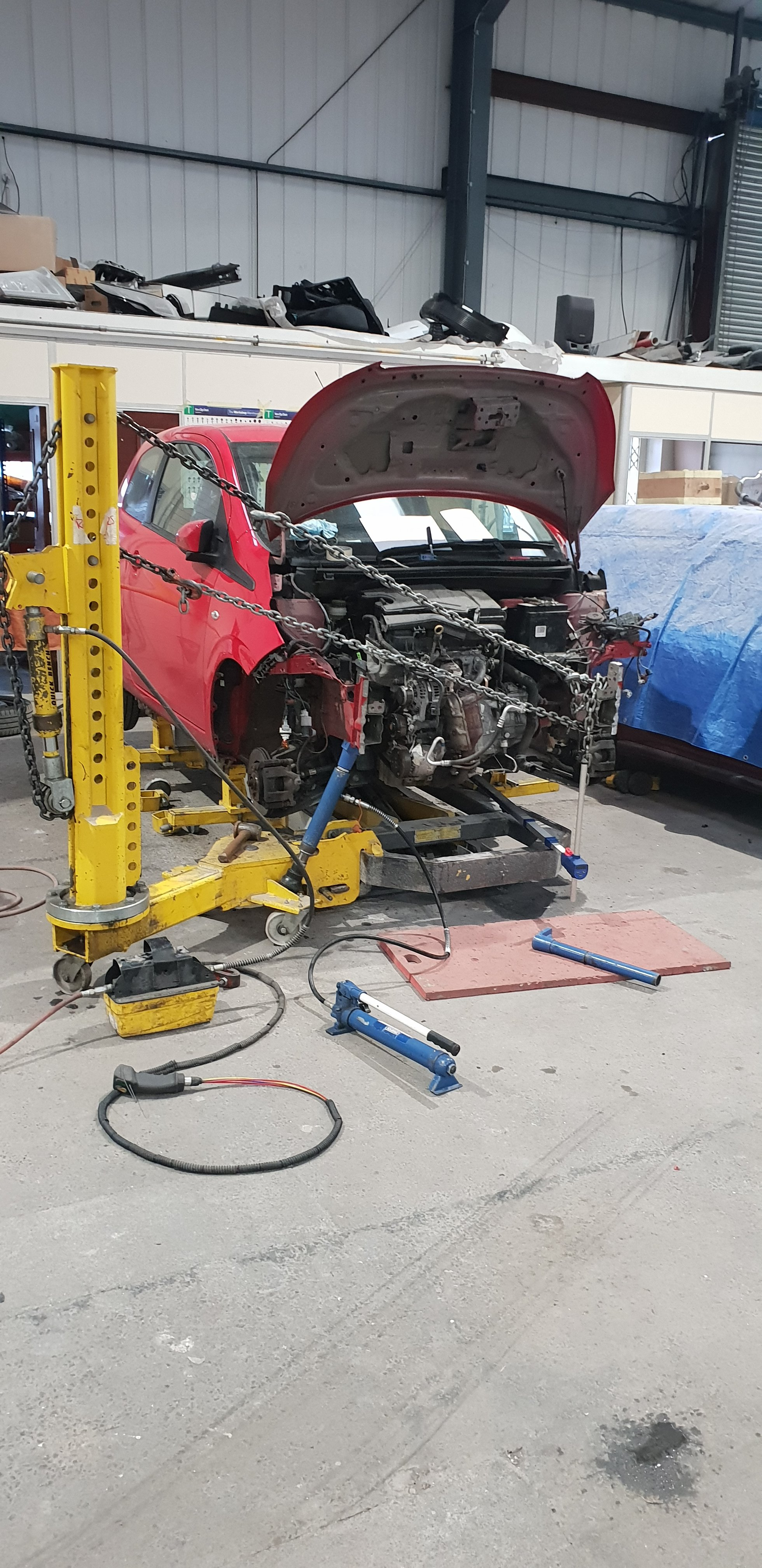 Repair and Restore Body Shop - (Goole) limited East Yorkshire